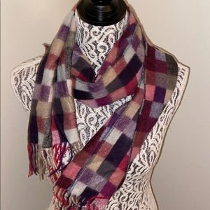 100% cashmere made in Scotland scarf